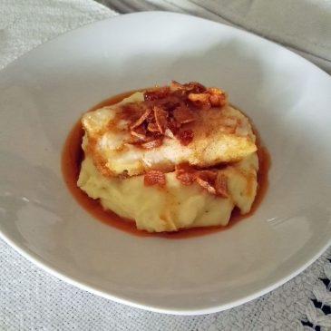 BACALAO SOBRE UNA PATATA ELABORADA Manera distinta de acompañar con una preparación de Patata, una Ventresca de Bacalao